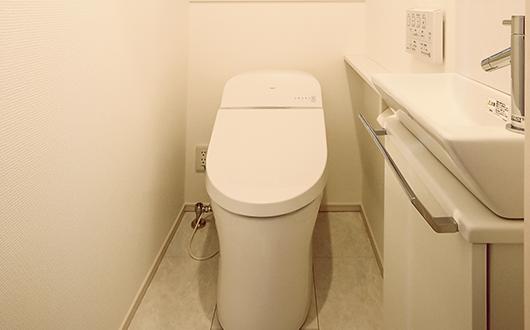 ギャラリー画像:便利な手洗いボウル付きトイレ
