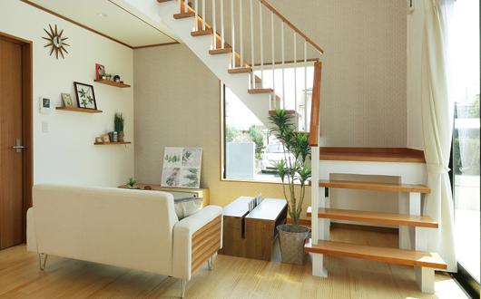 ギャラリー画像:リビング階段だから家族が近い