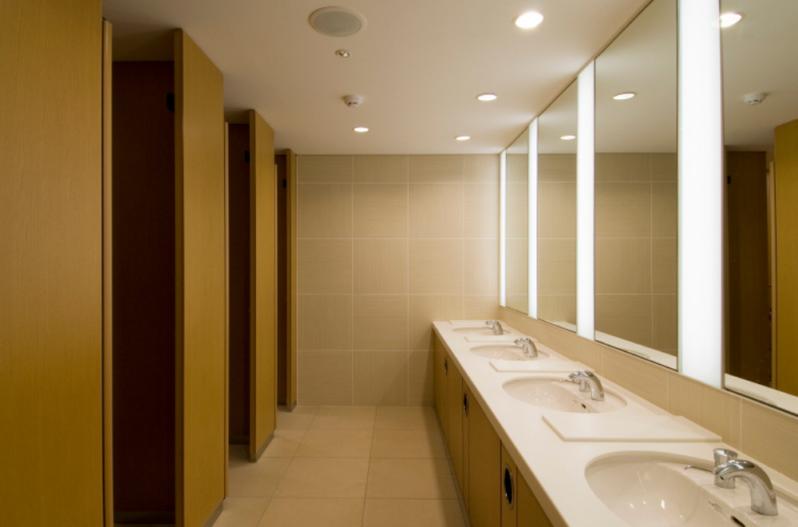 トイレ 公共